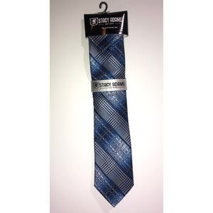 NWT Stacey Adams tie and handkerchief. Blue.